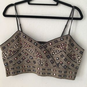 American Eagle boho crop top with embroidery (XL)